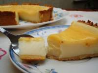 Tarta de queso con base de masa quebrada y lemon curd