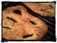 the sisters kitchen: Fougasse de queso y cebolla